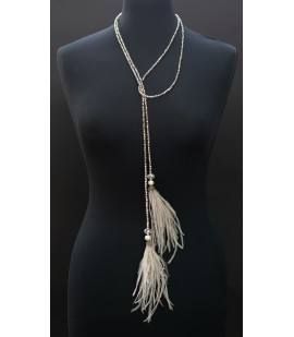 Elegant long necklace from ostrich feathers