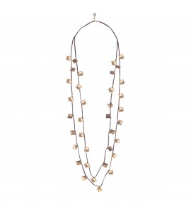 Delicate long necklace.