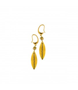 Drop gold plated earrings.