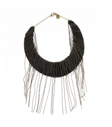 Necklace of leather and chains