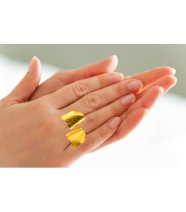 Stylish handmade ring.
